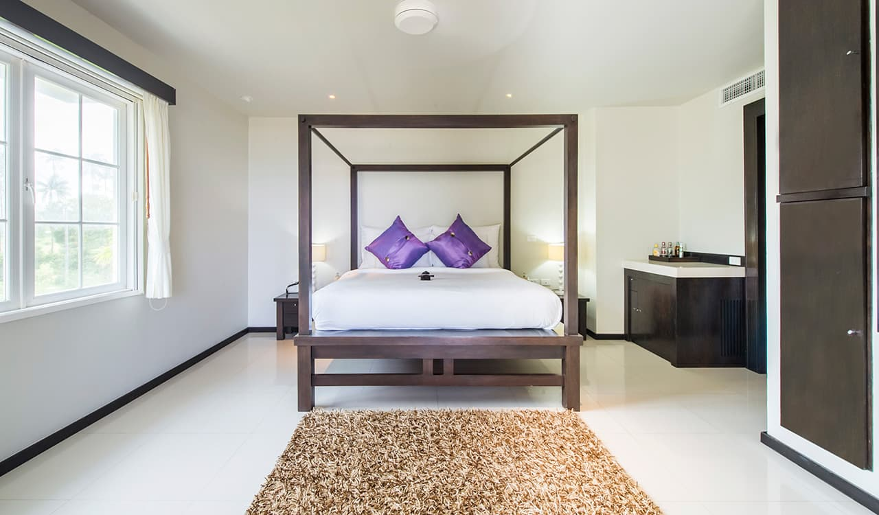 Villa Satis - Modern Four Poster Villa Bedroom - Aleenta Phuket Resort & Spa