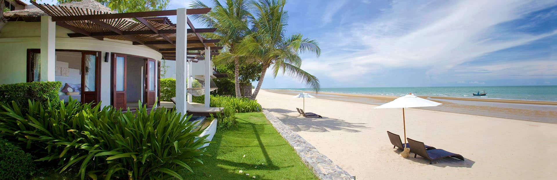 Luxury Beach Resorts in Thailand - Aleenta Phuket Resort & Spa