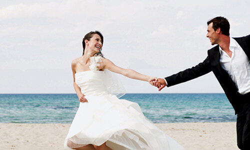Wedding planning tips aleenta phuket resort spa at aleenta our professional wedding consultant can make it a reality and prove to you that dreams can effortlessly come true junglespirit Choice Image