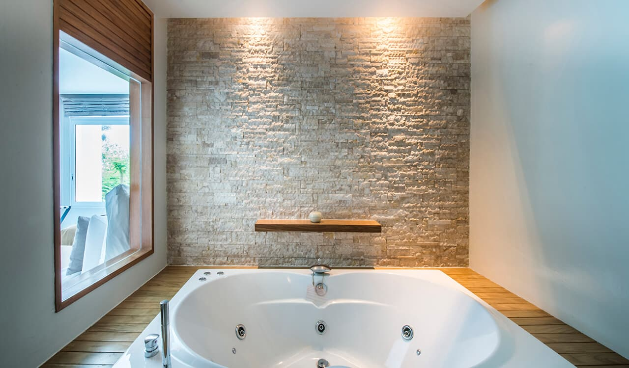 2 Bed Pool Villa Residence - Bathroom with Jacuzzi Bath - Aleenta Phuket Resort & Spa