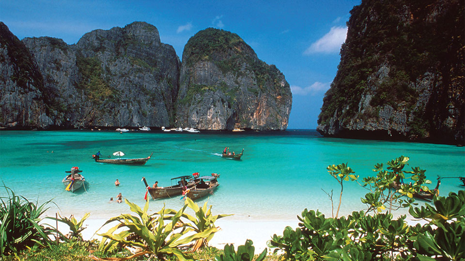 aleenta-Phi_Phi_Islands.jpg