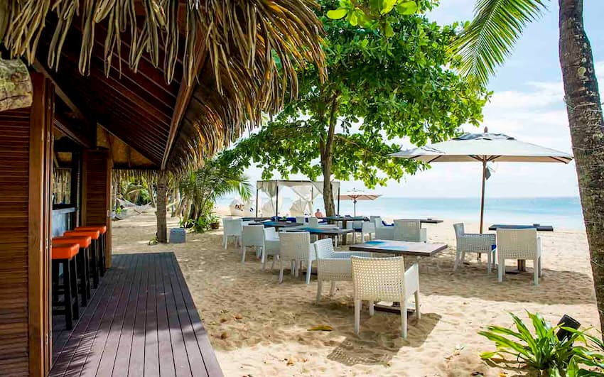 Beach Restaurants in Phang Nga - Aleenta Phuket Resort & Spa
