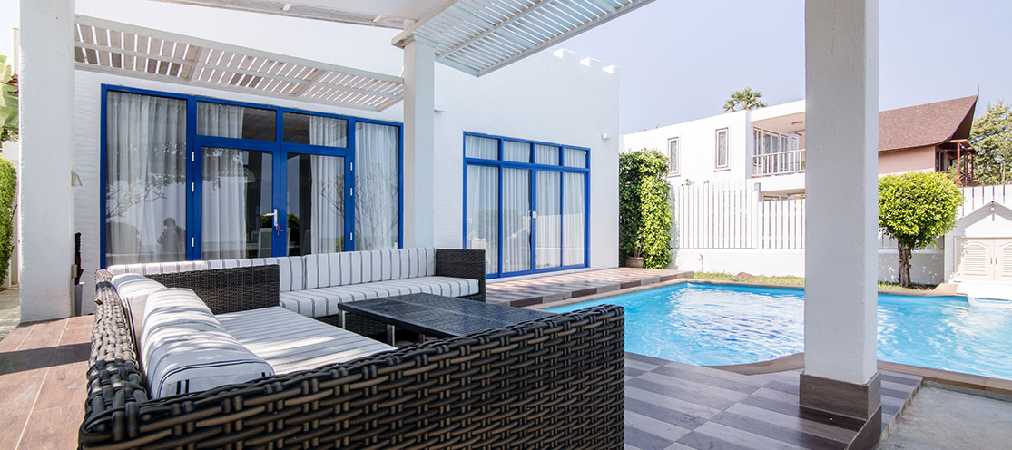 aleenta-Four_Bedroom_Beach_Villa_with_Pool_in_Hua_Hin.jpg