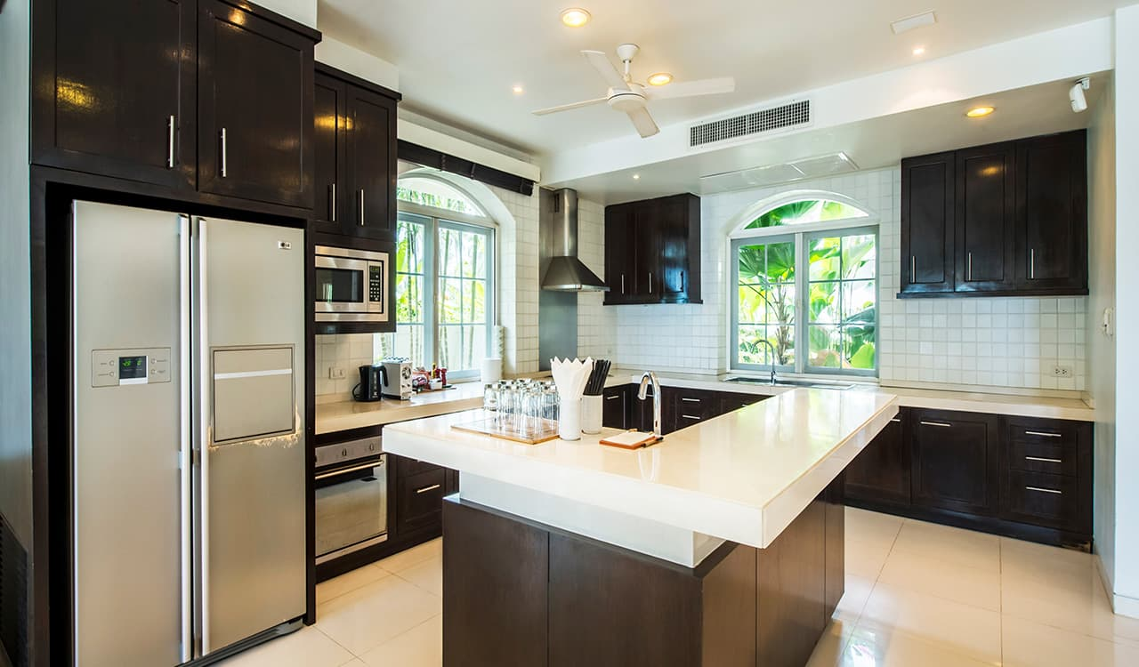 Villa Satis - Fully Equipped Kitchen - Aleenta Phuket Resort & Spa