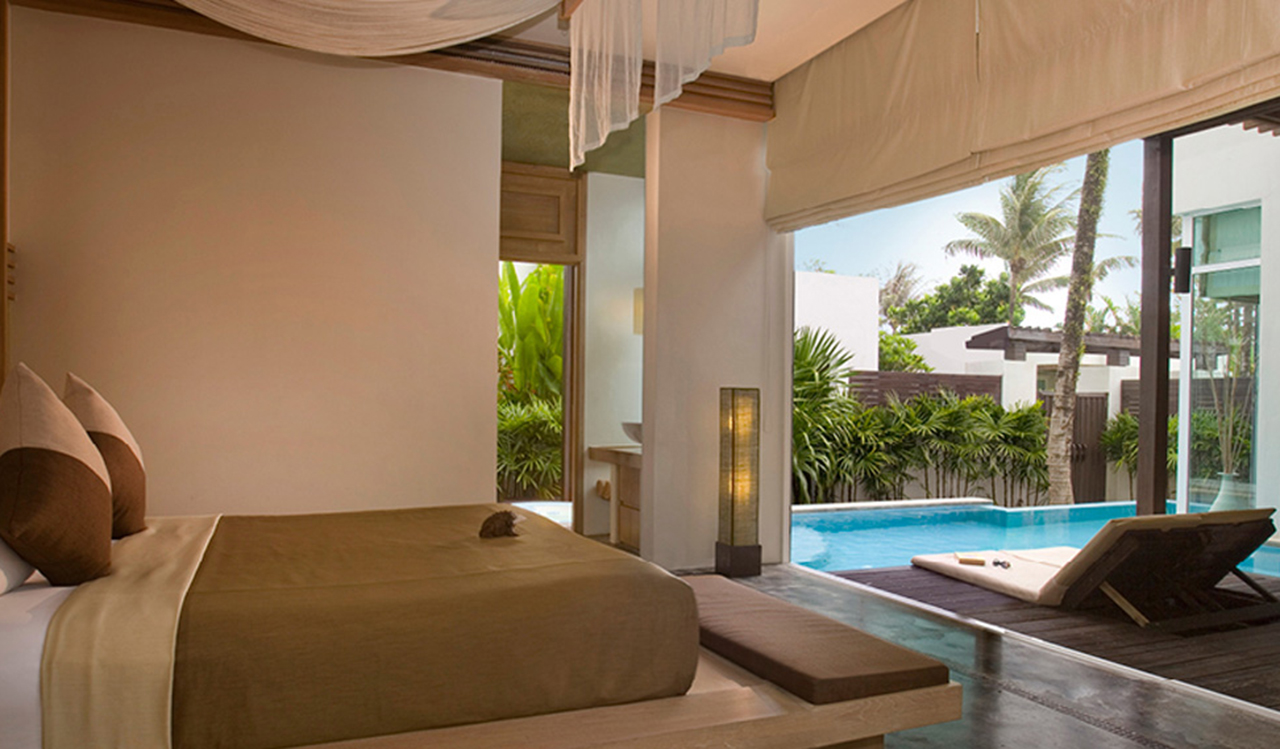Aleenta Phuket Resort & Spa - Luxury one bedroom pool villa lounge
