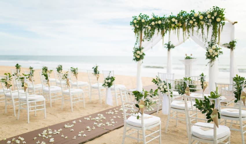 Beach Wedding Destination in Thailand - Aleenta Phuket