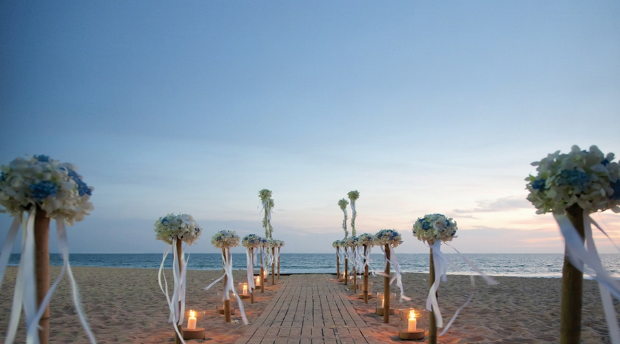 Beach Weddings in Pranburi, Hua Hin - Aleenta Hua Hin Resort & Spa
