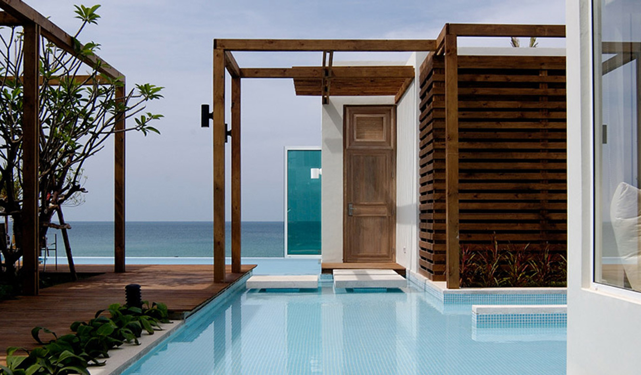 3 bedroom beachfront villas private pool aleenta phuket for 3 bedroom house with pool