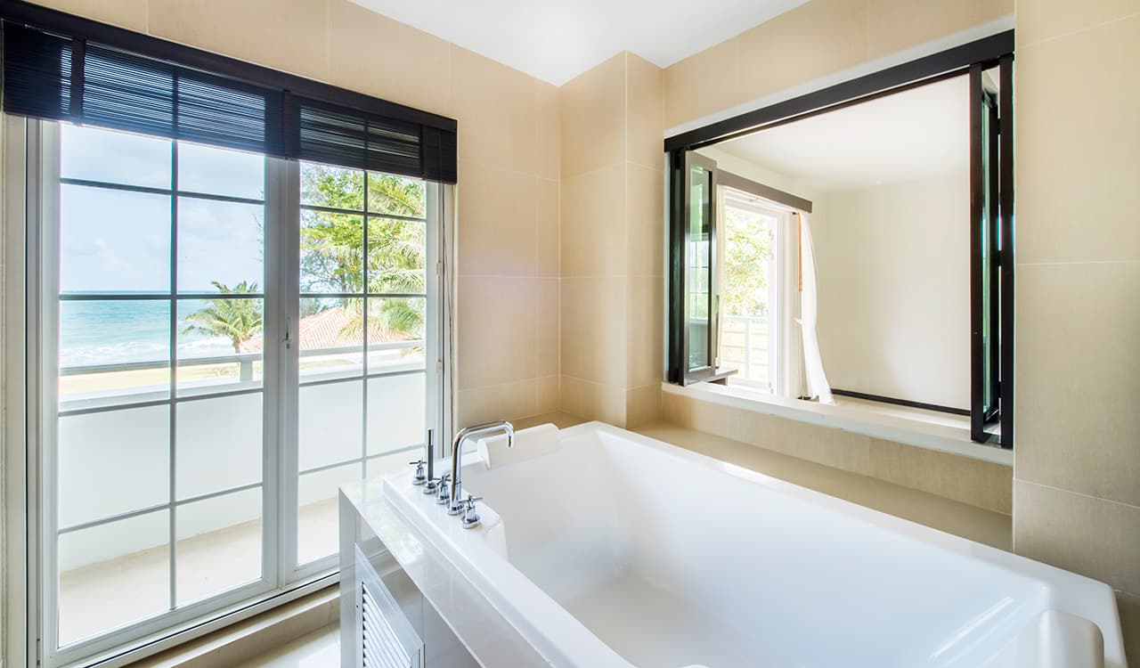 Villa Satis - Bathroom with Balcony and Sea Views - Aleenta Phuket Resort & Spa