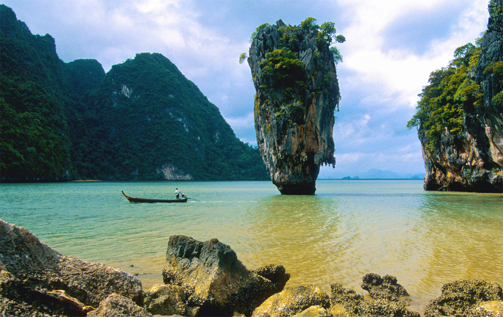 aleenta-Ko_Ping_Kan_Ao_Phang-Nga_National_Park_Thailand_-_James_Bond_Island.jpg