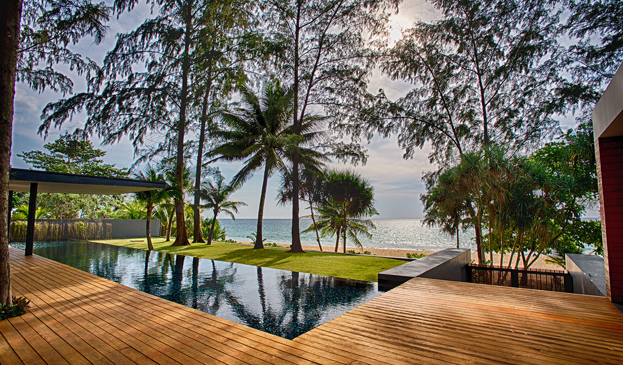 Villa Noi at Aleenta Phuket Resort