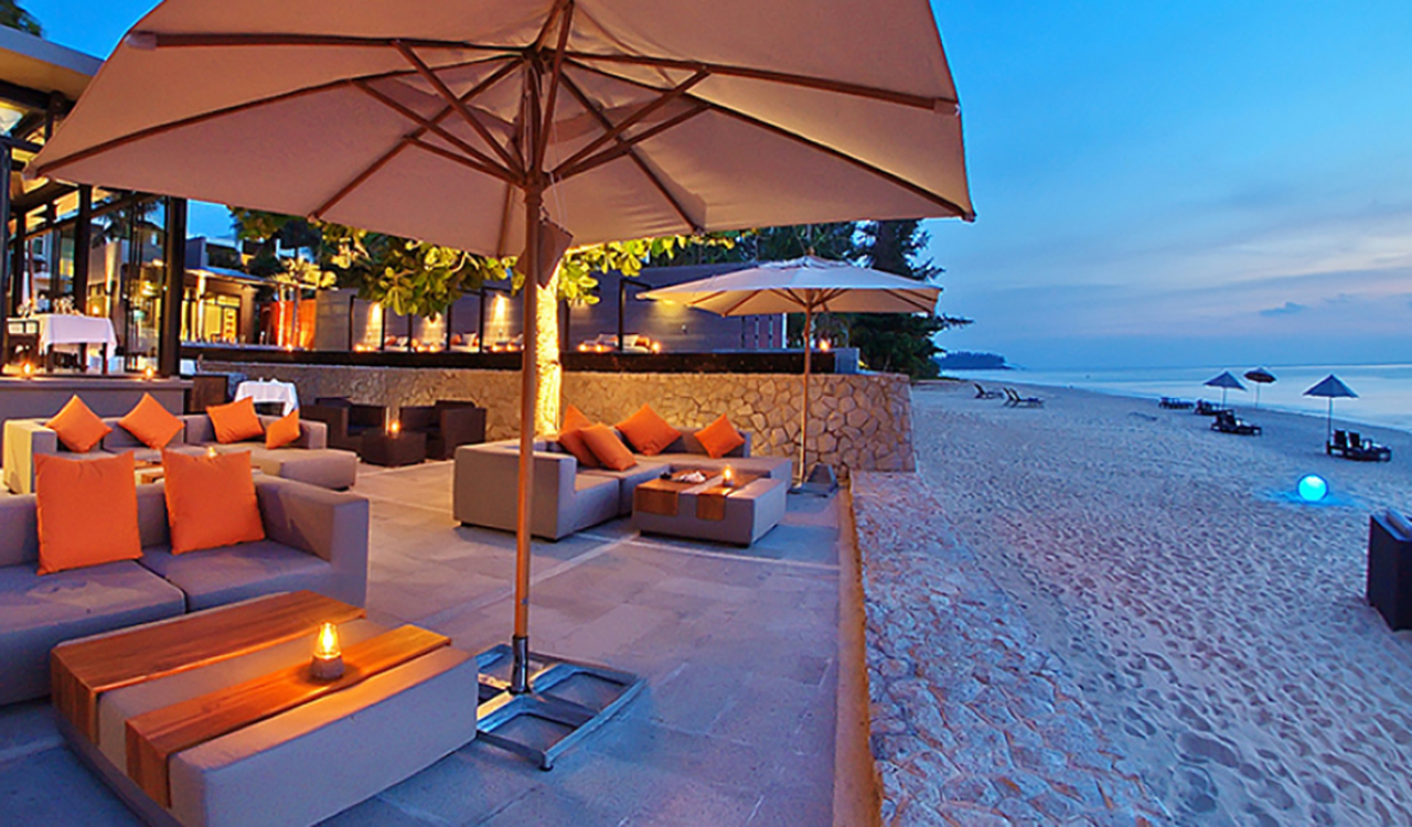The Edge Restaurant at Aleenta Phuket Resort & Spa