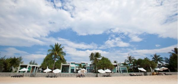 Boutique Luxury Natai Beach Getaway